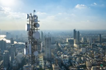The giant cell towers particularities
